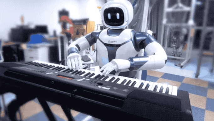 大型防人服务机器人Walker